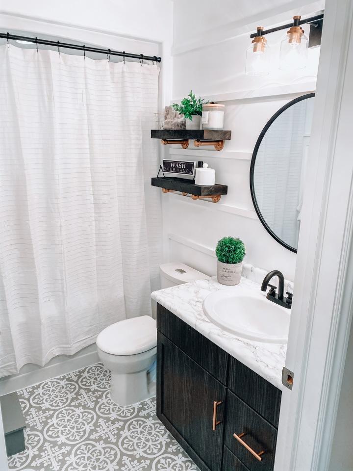 Bathroom makeover for under$600